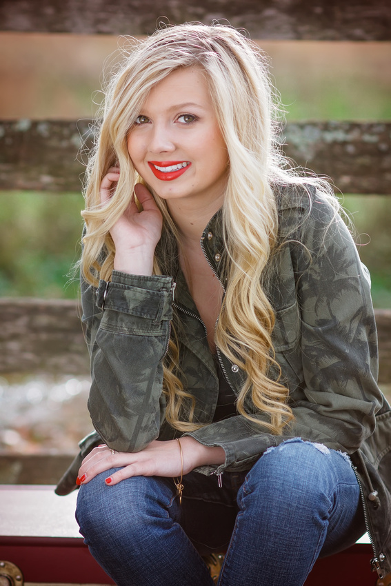 Stunning Senior Picture Red Lips
